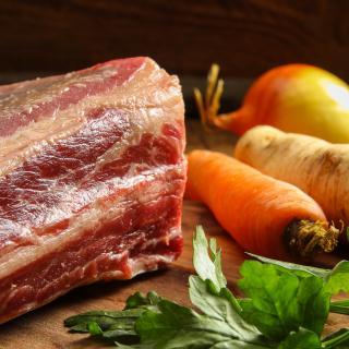 Suppenfleisch mit Knochen Wulksfelde