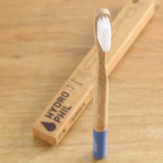 Zahnbürste mittel blau Bambus